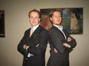 Seite an Seite Henrik und Roman