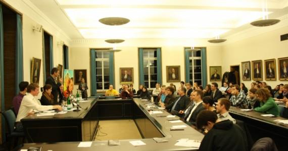 Presse: Tübinger Debatte: Streitkultur feiert Geburtstag